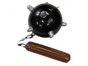 Αποκριάτικη φουσκωτή μπάλα με καρφιά