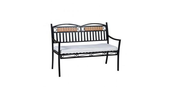 Παγκάκια και καρέκλες με μωσαϊκό