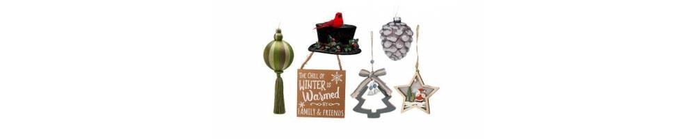 Χριστουγεννιάτικα στολίδια σε μεγάλη συλλογή για διακόσμηση