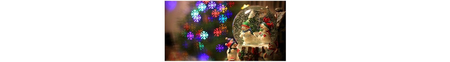Χριστουγεννιάτικες χιονόμπαλες σε πολλά σχέδια με μουσική και κίνηση